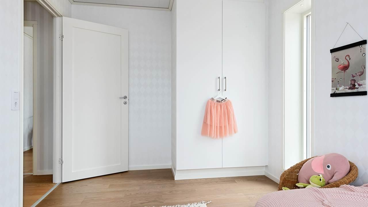 Astrid garderob