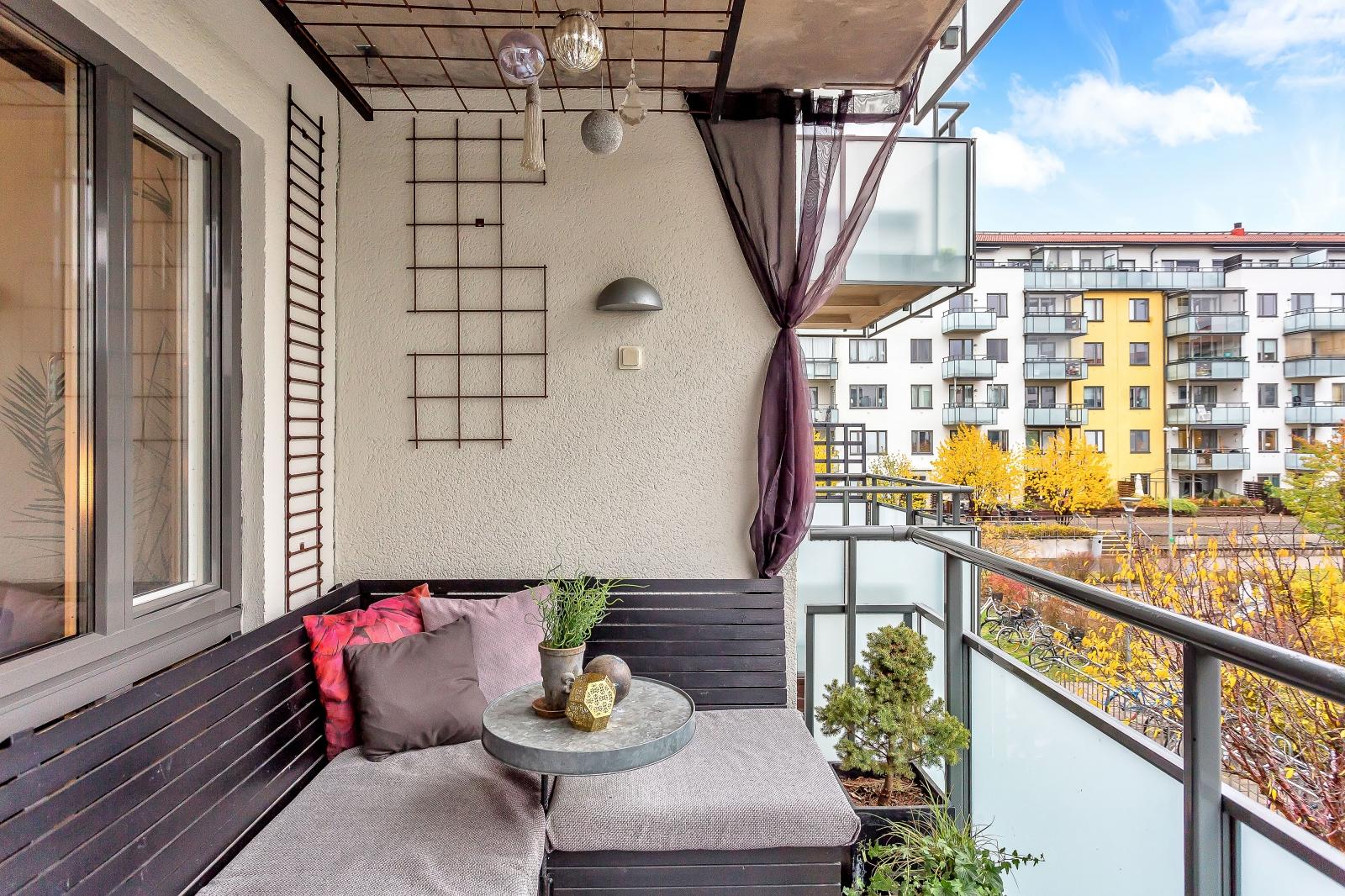 Balkong mot innergård